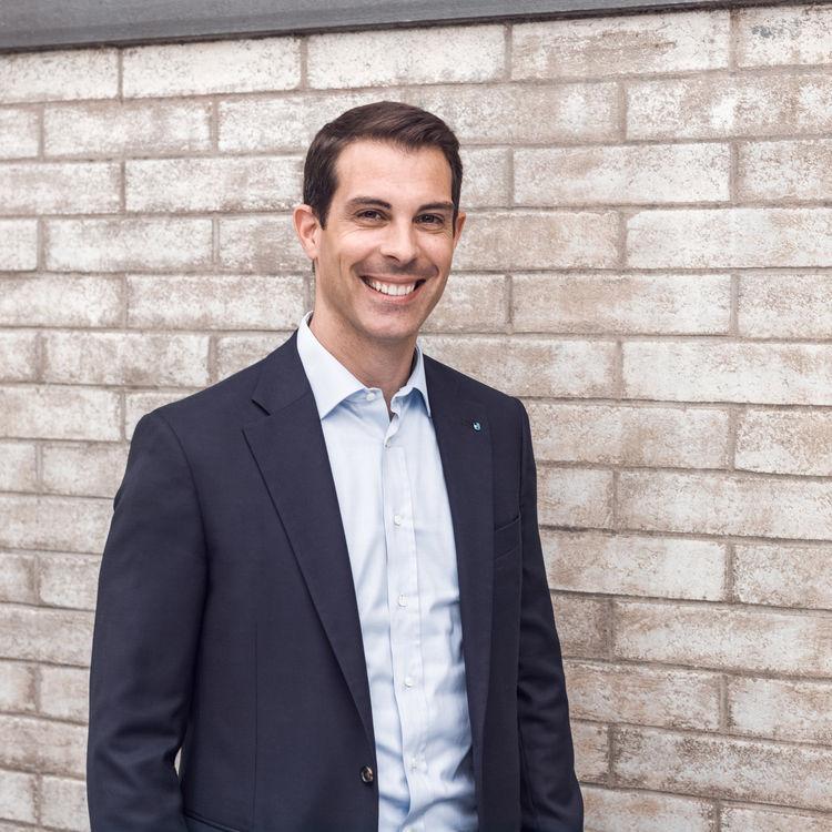 Sicherung des FDP-Ständeratssitzes im Fokus: Thierry Burkart mit Standing Ovations für den zweiten Wahlgang nominiert